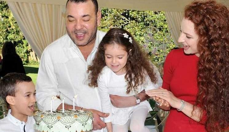 الحكومة المغربية ترفض التعليق على خبر طلاق الملك محمد السادس والأميرة سلمى