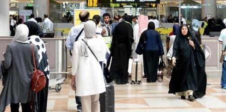 أردنية تهدد بالانتحار بمطار الكويت هرباً من تعذيب زوجها لها