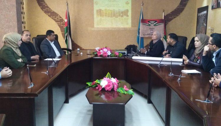 رئيس بلدية مادبا الكبرى يلتقي وفدا من وزارة الشوؤن البلديه ،،