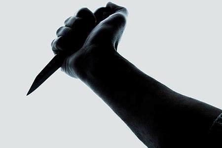 مقتل أربعيني طعنا على يد ابن شقيقته في البقعة