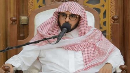 داعية سعودي يفتي بجواز الإفطار لكل المشاركين في كأس العالم