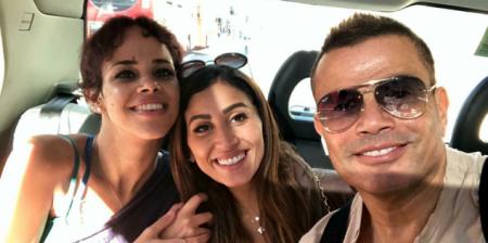 هل يعلن عمرو دياب ارتباطه رسميًا بدينا الشربيني؟
