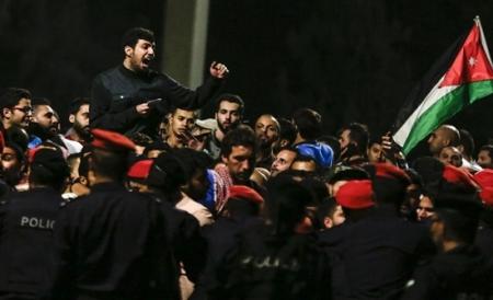 """تخبط نقابي بالأردن بشأن الاستمرار بالإضراب و""""إسقاط الحكومة"""""""