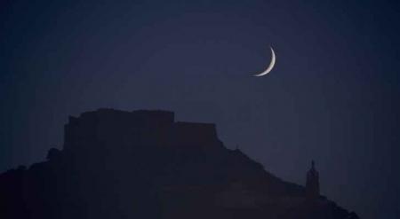 مفتي المملكة يدعو لتحري هلال شهر شوال مساء الخميس