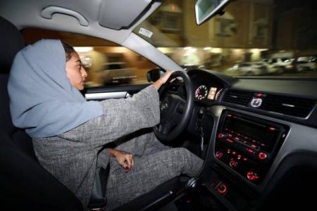 'أحلام' تغضب متابعيها بتعليقها على بدء سريان قرار قيادة المرأة للسيارة بالسعودية