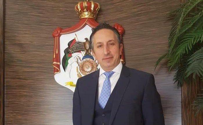 أبو رمان للرزاز : الإصلاح الاقتصادي يبدأ من تقاعد الوزراء ….و يطالب بإرجاع اعفاء الهايبر