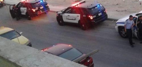 اصابة أربعة اشخاص وتحطيم محل تجاري في شارع المدينة المنورة عمان
