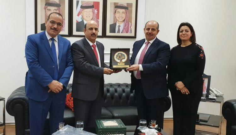 السفير الأردني في البحرين يلتقي وفد سفير الضمان