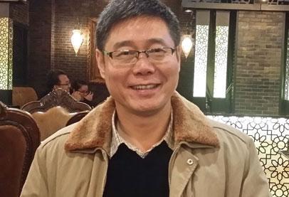 شيونغ يو تشون .. كاتب هزم الموت