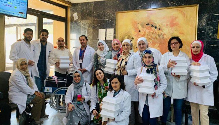 """طلاب ماجستيرعلم النفس الاكلينيكي في """"عمان الأهلية""""يطلقون مبادرة """"عونك"""""""