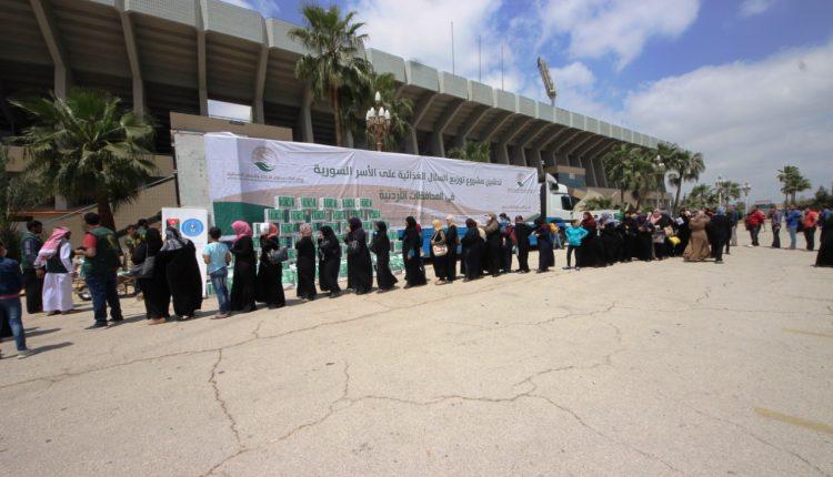 مركز الملك سلمان للإغاثة يدشن مشروع السلال الغذائية الرمضانية للاشقاء اللاجئين السوريين في محافظة اربد