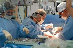 طبيب يروي تفاصيل إنقاذ أمراة أنفجر رحمها أثناء المخاض في مستشفى البشير