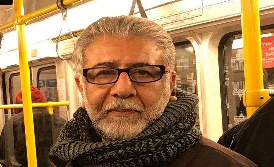 وفاة الشاعر الأردني أمجد ناصر