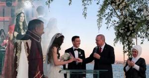 بالفيديو .. أردوغان شاهداً على زواج نجم الكرة العالمية مسعود أوزيل