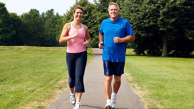 نمط حياة صحي لتقليل الإصابة بالخرف .. تعرّفوا إليه!
