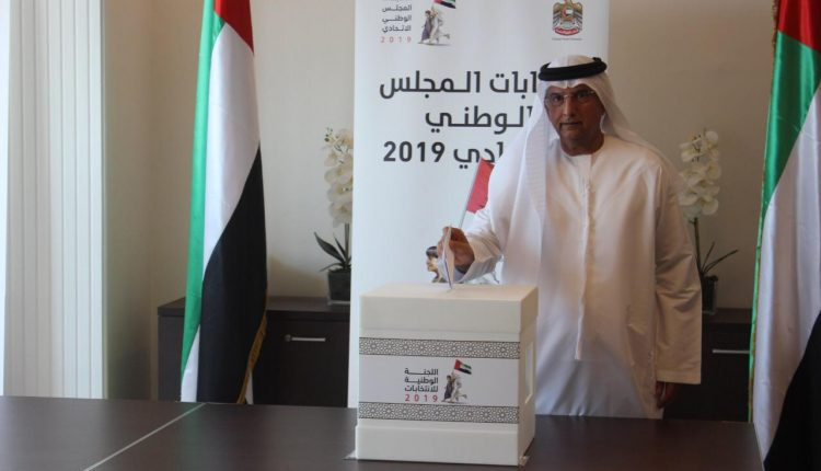 سفارة الإمارا ت بالأردن تستقبل مواطنيها للإدلاء بأصواتهم