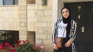 """بعدما طالبت بحماية والدة إسراء غريب من """"القتل"""" .. منار حويطات تختفي فجأة"""
