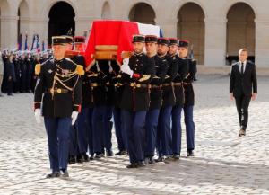 بدء مراسم تشييع جثمان الرئيس الفرنسي الاسبق جاك شيراك. بمشاركة عدد من قادة الدول . – صور
