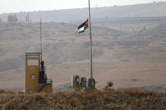 الجيش: رفع علم الأردن على منطقة الباقورة أثناء خطاب العرش