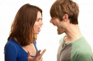 لماذا تخسر المرأة النقاش أمام زوجها؟