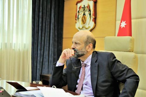 الرزاز في رسالة للأردنيين: سنسمح بفتح البقالات حتى يوم السبت ولا داعي للتهافت