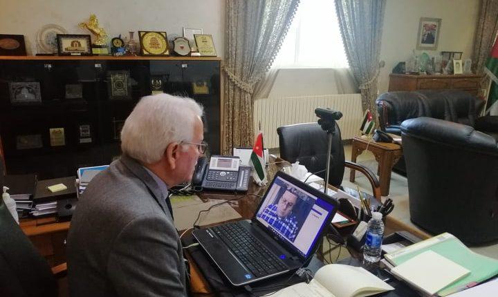 وزير التعليم العالي توق يترأس اجتماعاً لرؤساء الجامعات الخاصة باستخدام تقنيات الاتصال عن بعد