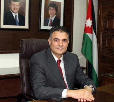 ارادة ملكية بالموافقة على تجديد تعيين الدكتور الزعبي رئيسا لجامعة البلقاء التطبيقية