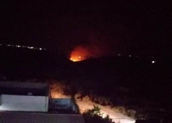 سقوط قذيفة من خارج الحدود في إربد واشتعال النيران