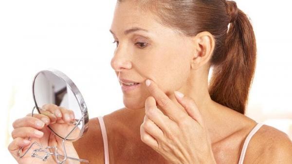 عادات سيئة تسبب الخطوط الدقيقة حول الفم…تجنّبيها!