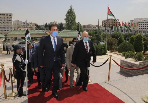 الطراونة: ندعم أي جهد يحقن دم الشعب الليبي