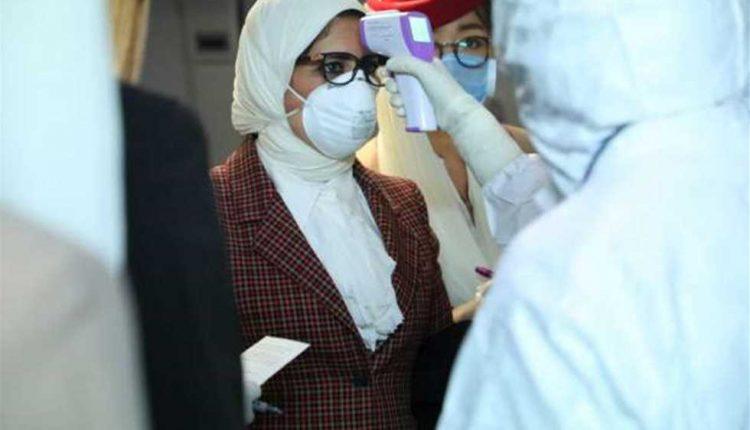 مصر تسجل أقل رقم لإصابات كورونا منذ 3 أشهر بـ321 اصابة جديدة