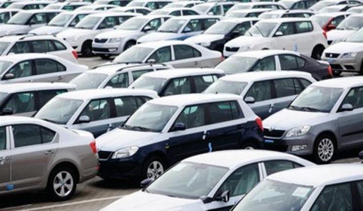 البستنجي: توقع ارتفاع أسعار السيارات في الاردن
