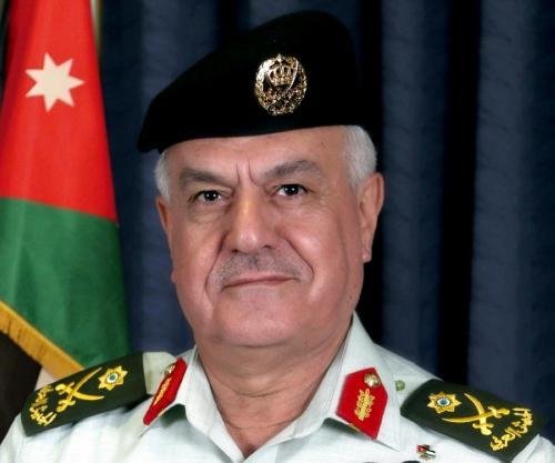 رئيس هيئة الأركان : نسعى لتحسين أوضاع المتقاعدين العسكريين وتقديم أفضل الخدمات والتسهيلات لهم