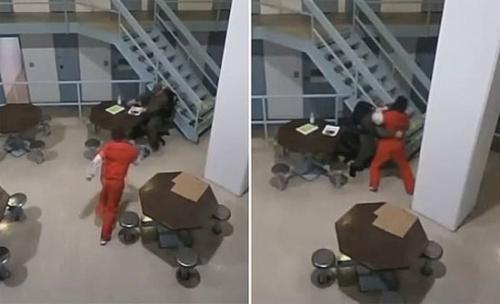 بالفيديو: مشاجرة عنيفة بين سجين قاتل وحارس أمن خلف القضبان بفلوريدا