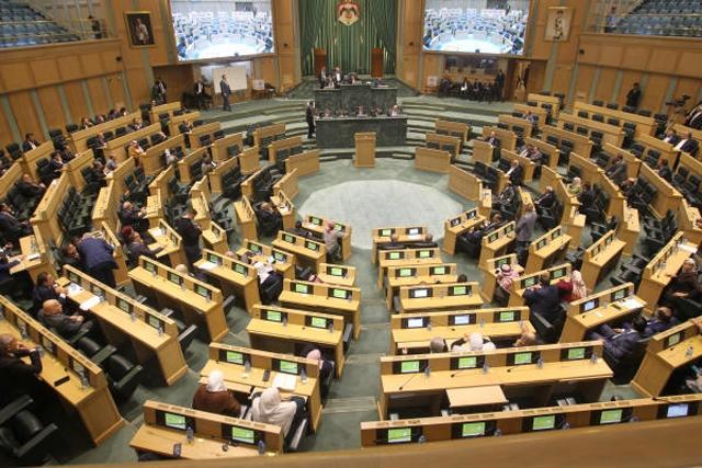العودات يقرر تأجيل جلسة النواب إلى الأحد