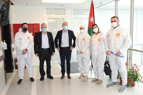 أورنج الأردن تكرّم الكوادر الطبية في المستشفيات الميدانية تقديراً لجهودهم