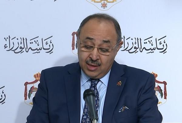 الحكومة تنفي تصريحات منسوبة لدودين لبحث تقليص ساعات الحظر في عيد الفطر