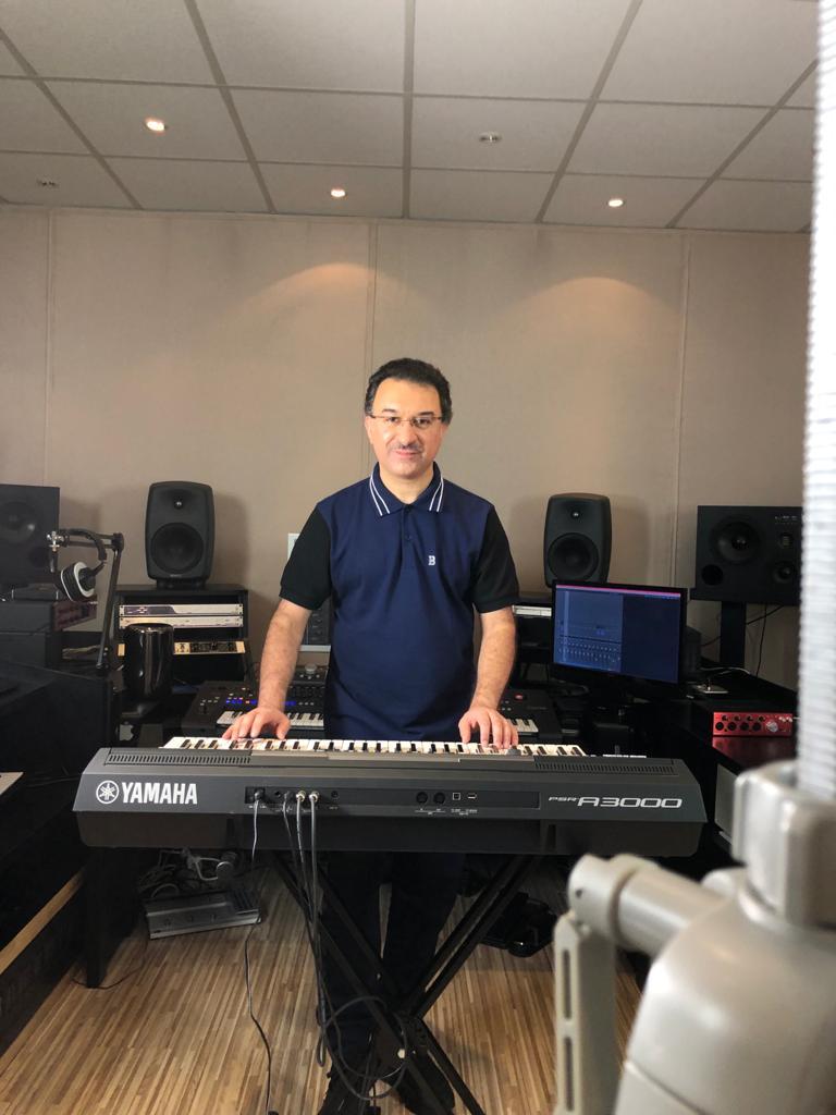 الموزع الموسيقي سيروس في تعاون جديد مع شركة ياماها العالمية