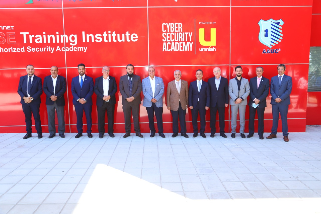 افتتاح مركز الامن السيبراني بجامعة عمان الاهلية