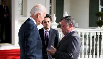 بايدن مرحّبا بالملك: ملتزمون بالشراكة الاستراتيجية مع الأردن