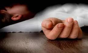 بأي ذنب قتلت .. ام تذبح طفلتها بسبب بكائها المستمر